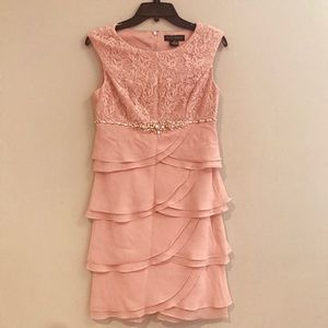 Forgoes party dress. Size 6P. Holiday sale!